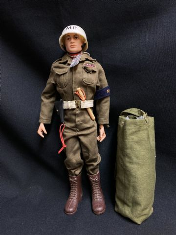 VINTAGE ACTION MAN - HARD PAINTED HEAD - US MILITARY POLICE M.P (ref5)